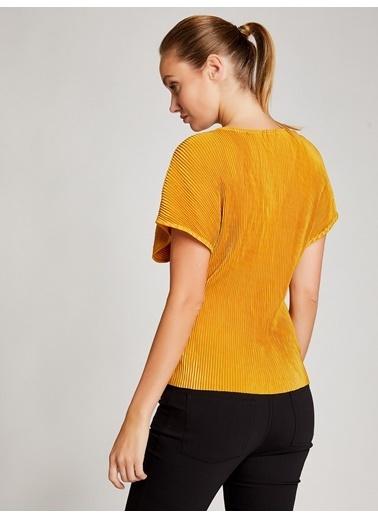 Vekem-Limited Edition V Yaka Pliseli Bluz Sarı